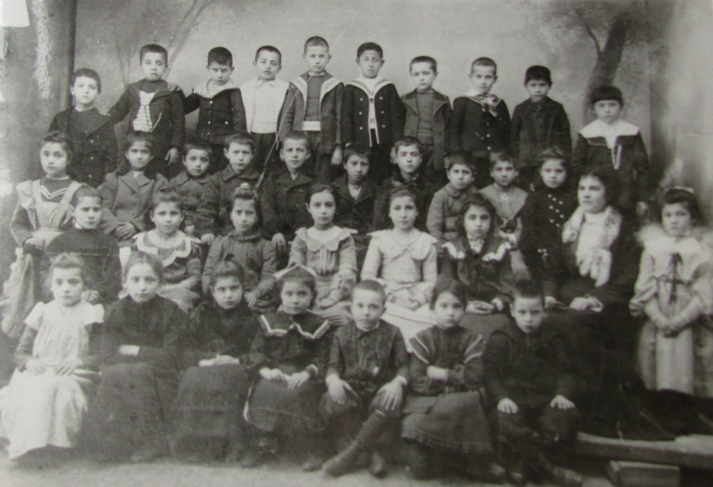 Students from the Bulgarian primary school